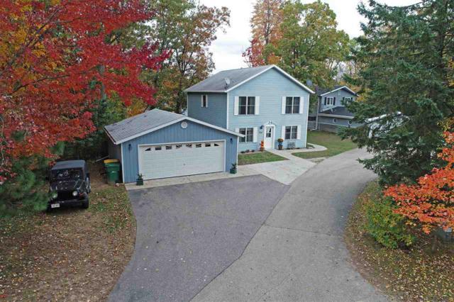 N1312 W Stratton Road, Waupaca, WI 54981 (#50193197) :: Symes Realty, LLC