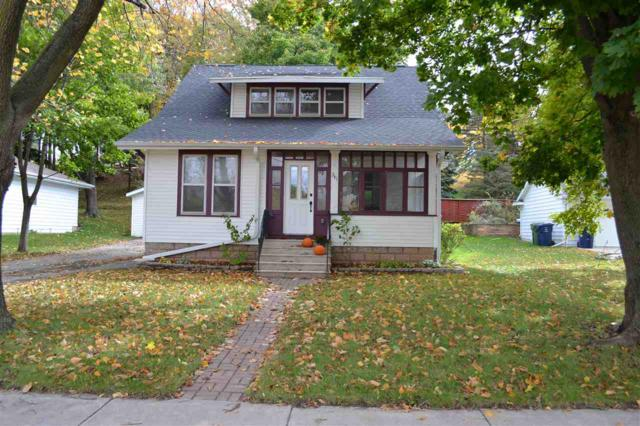 341 Washington Street, Wrightstown, WI 54180 (#50193224) :: Dallaire Realty