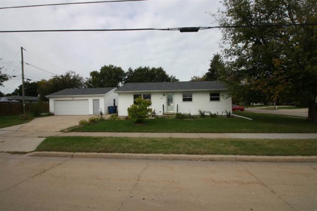 335 N Westfield Street, Oshkosh, WI 54902 (#50193320) :: Symes Realty, LLC