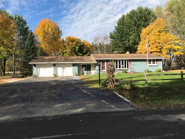 N4975 Bear Lake Road, New London, WI 54961 (#50193426) :: Dallaire Realty