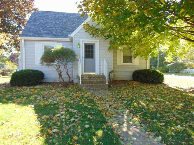 901 E Fremont Street, Appleton, WI 54915 (#50193597) :: Todd Wiese Homeselling System, Inc.