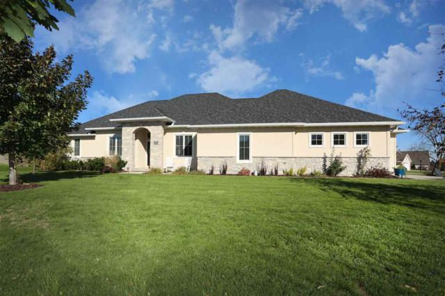 N1421 Meadow Park Drive, Greenville, WI 54942 (#50193659) :: Todd Wiese Homeselling System, Inc.