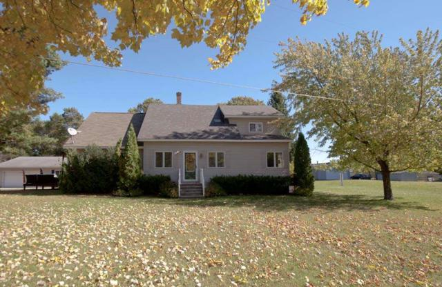 N972 Shore Drive, Marinette, WI 54143 (#50193673) :: Todd Wiese Homeselling System, Inc.