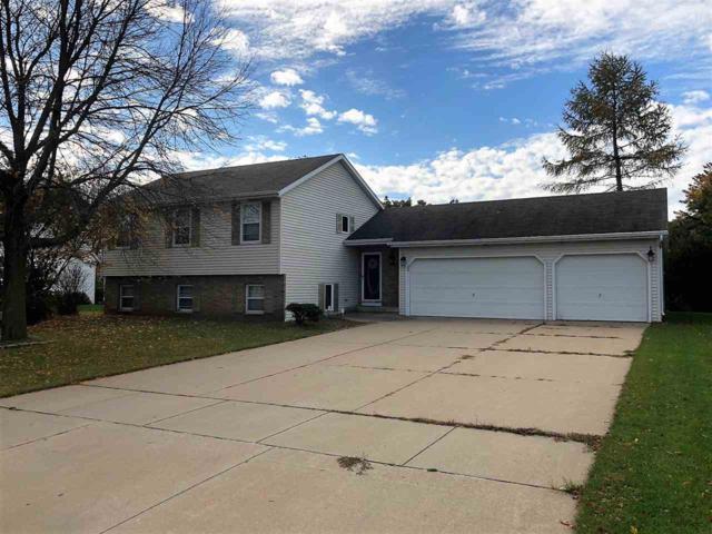 2124 Kensington Lane, Green Bay, WI 54311 (#50193684) :: Todd Wiese Homeselling System, Inc.