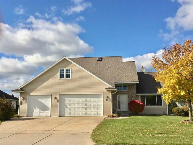 2538 Faldo Lane, Green Bay, WI 54311 (#50193705) :: Todd Wiese Homeselling System, Inc.