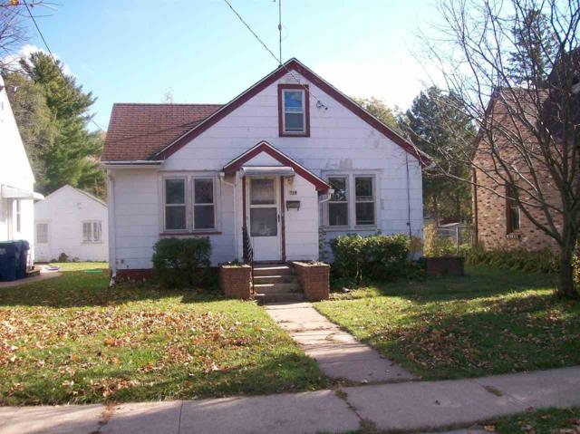 128 Mckinley Avenue, Clintonville, WI 54929 (#50193903) :: Todd Wiese Homeselling System, Inc.