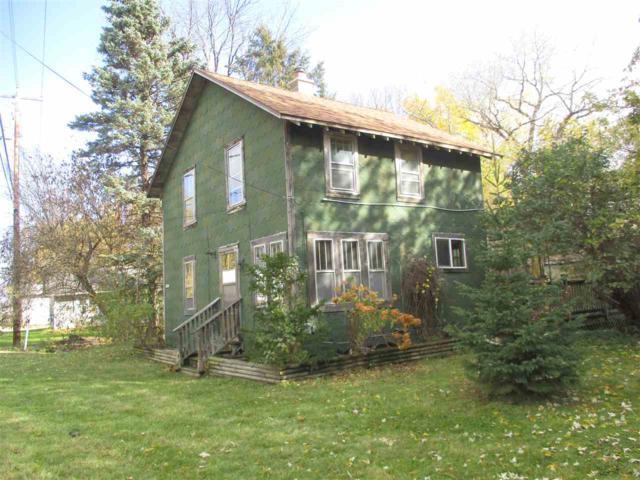 N7469 Winnabego Drive, Fond Du Lac, WI 54935 (#50193986) :: Todd Wiese Homeselling System, Inc.