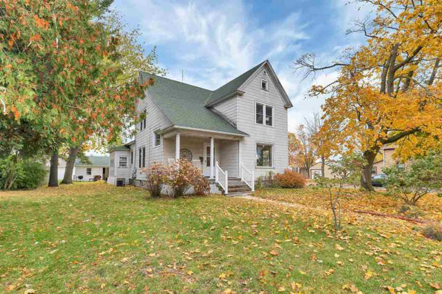 903 Fremont Street, Algoma, WI 54201 (#50194147) :: Dallaire Realty