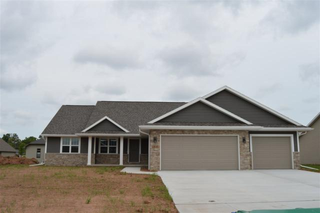 2839 Rodeo Drive, Green Bay, WI 54113 (#50194159) :: Todd Wiese Homeselling System, Inc.