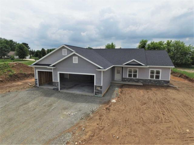 N1691 Waterlefe Drive, Greenville, WI 54942 (#50194183) :: Dallaire Realty