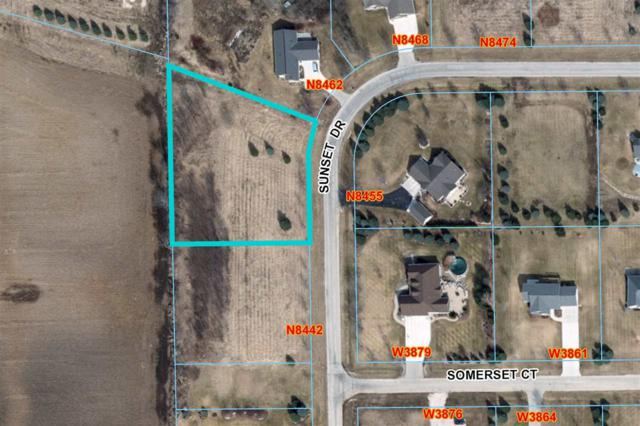 Sunset Drive, Fond Du Lac, WI 54937 (#50194203) :: Todd Wiese Homeselling System, Inc.