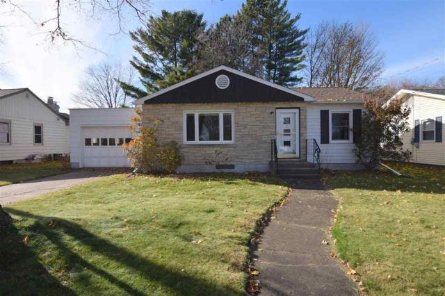 40 West Street, Clintonville, WI 54929 (#50194211) :: Todd Wiese Homeselling System, Inc.