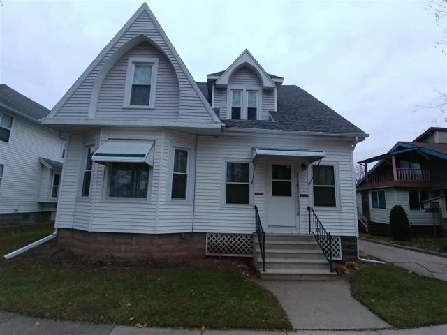 311 E Cook Street, New London, WI 54961 (#50194249) :: Todd Wiese Homeselling System, Inc.