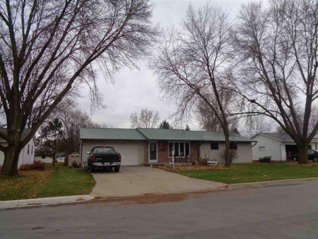 2385 Town Hall Road, Green Bay, WI 54311 (#50194355) :: Todd Wiese Homeselling System, Inc.