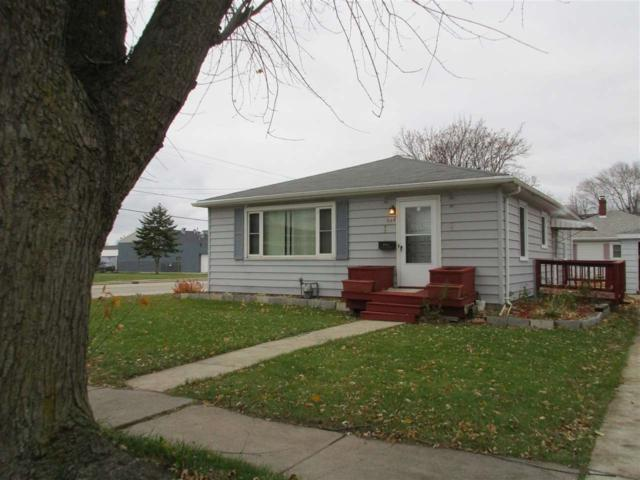 648 Laura Street, Green Bay, WI 54302 (#50194402) :: Todd Wiese Homeselling System, Inc.