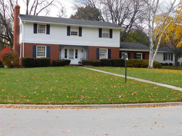 3254 Bitters Court, Green Bay, WI 54301 (#50194440) :: Todd Wiese Homeselling System, Inc.