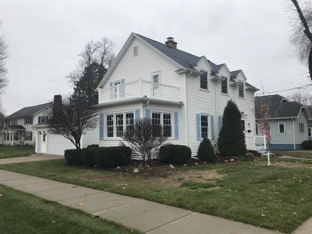 517 W 3RD Street, Shawano, WI 54166 (#50194441) :: Todd Wiese Homeselling System, Inc.