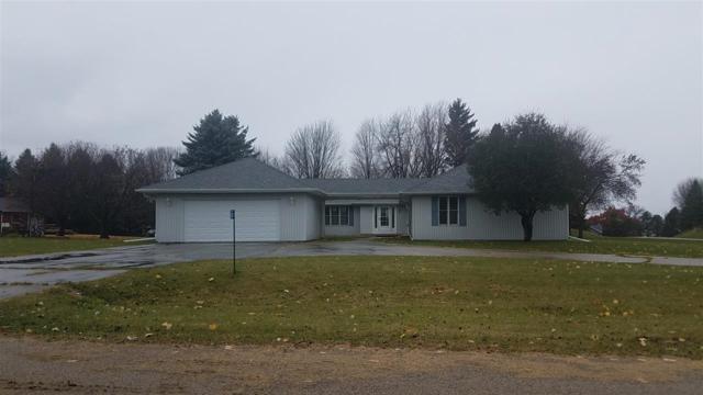 W2704 Menominee Court, Markesan, WI 54941 (#50194470) :: Dallaire Realty