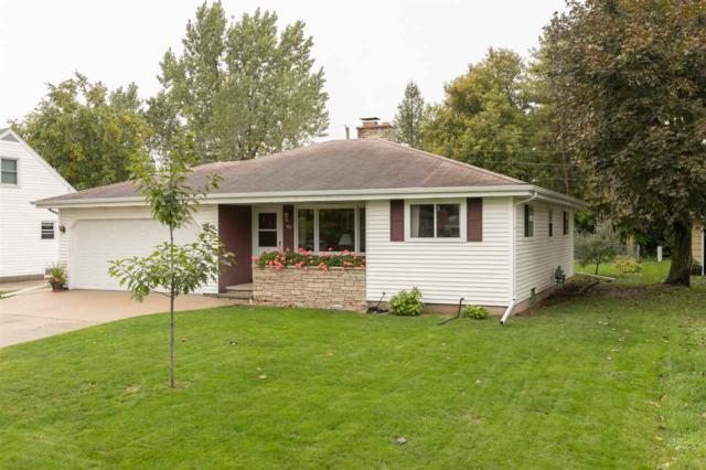 915 Louise Street, Neenah, WI 54956 (#50194474) :: Todd Wiese Homeselling System, Inc.