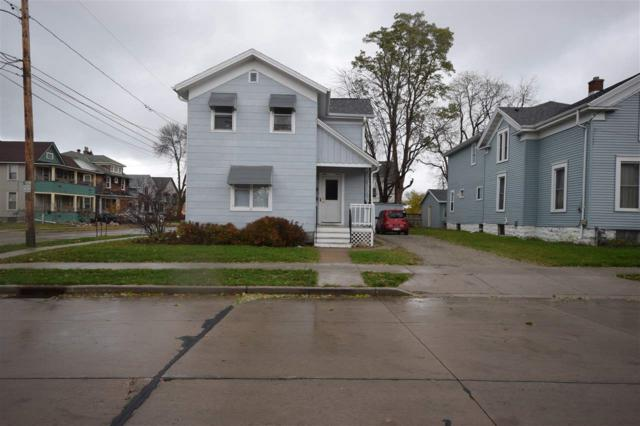 544 Central Street, Oshkosh, WI 54901 (#50194477) :: Todd Wiese Homeselling System, Inc.