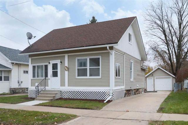 847 W 12TH Avenue, Oshkosh, WI 54902 (#50194503) :: Todd Wiese Homeselling System, Inc.