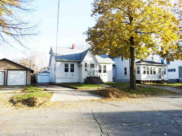 211 13TH Avenue, Green Bay, WI 54303 (#50194508) :: Todd Wiese Homeselling System, Inc.