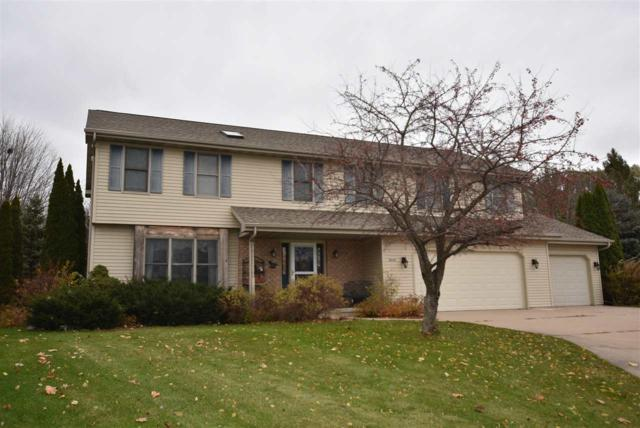 2440 Westhaven Court, Oshkosh, WI 54904 (#50194511) :: Todd Wiese Homeselling System, Inc.