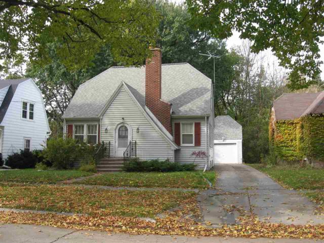 114 S Buchanan Street, Green Bay, WI 54303 (#50194516) :: Todd Wiese Homeselling System, Inc.