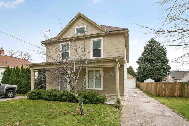 2107 Hamilton Street, Manitowoc, WI 54220 (#50194618) :: Todd Wiese Homeselling System, Inc.
