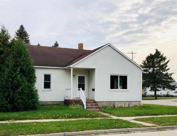 1717 23RD Avenue, Menominee, MI 49858 (#50194619) :: Dallaire Realty