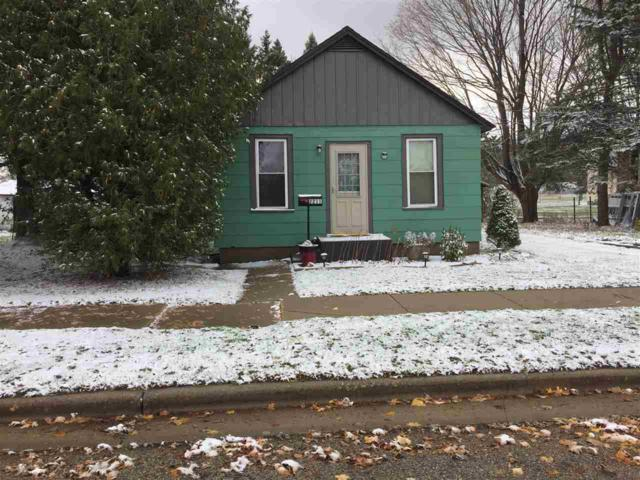 2211 Thomas Street, Marinette, WI 54143 (#50194645) :: Dallaire Realty