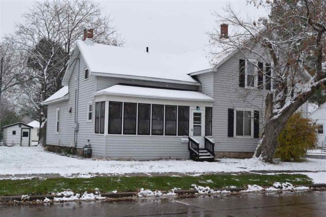 330 Fort Howard Avenue, De Pere, WI 54115 (#50194722) :: Todd Wiese Homeselling System, Inc.