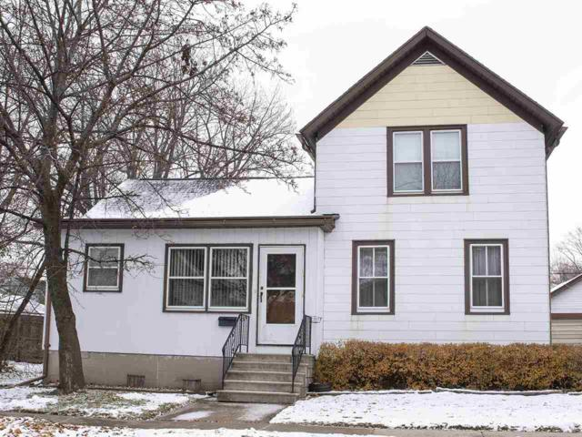 574 Oak Street, Neenah, WI 54956 (#50194736) :: Dallaire Realty