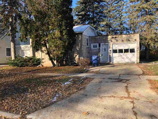 706 S Baird Street, Green Bay, WI 54301 (#50194934) :: Todd Wiese Homeselling System, Inc.