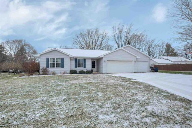 3080 Roundabout Court, Green Bay, WI 54313 (#50194938) :: Symes Realty, LLC