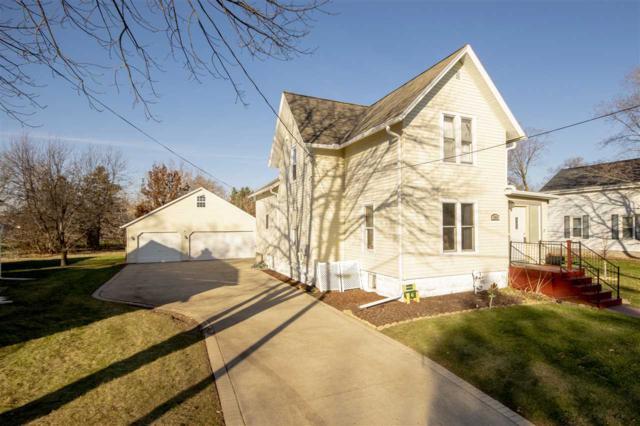 144 W 18TH Avenue, Oshkosh, WI 54902 (#50194945) :: Todd Wiese Homeselling System, Inc.