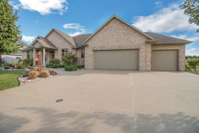 296 Peterlynn Drive, Wrightstown, WI 54180 (#50195221) :: Dallaire Realty