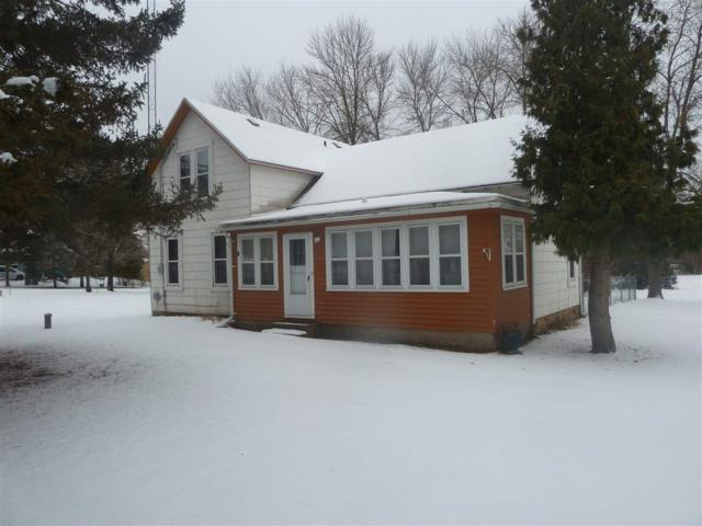 W5579 Bend Road, Princeton, WI 54968 (#50195389) :: Todd Wiese Homeselling System, Inc.