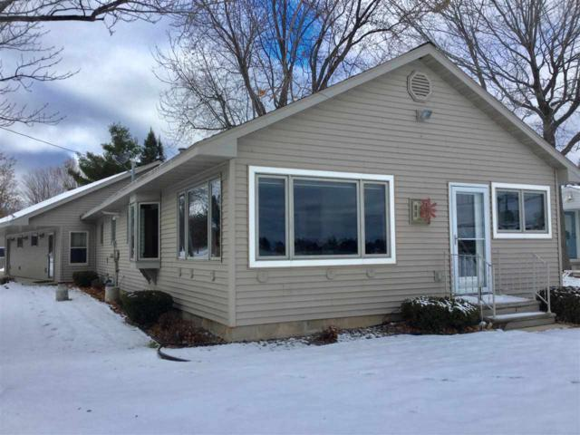 9516 Holt Park Road, Suring, WI 54174 (#50195464) :: Dallaire Realty