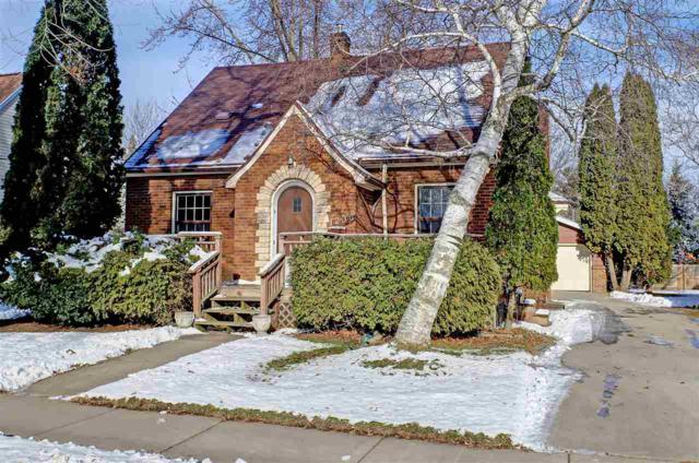 1206 W Spring Street, Appleton, WI 54914 (#50195489) :: Dallaire Realty