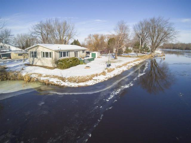 4404 Clark Street, Omro, WI 54963 (#50195509) :: Dallaire Realty