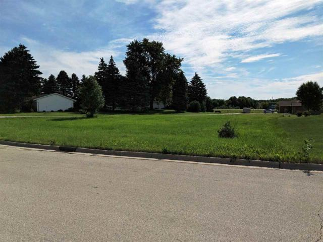 2897 Apple Ridge Court, Green Bay, WI 54311 (#50195547) :: Todd Wiese Homeselling System, Inc.