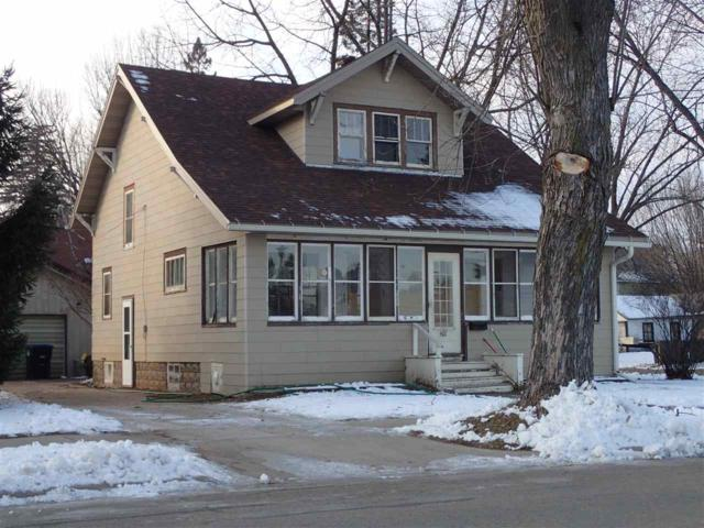 501 S Washington Street, Shawano, WI 54166 (#50195575) :: Todd Wiese Homeselling System, Inc.