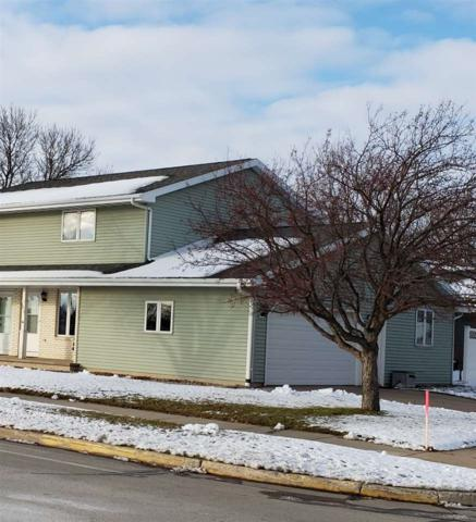 1612 E Capitol Drive, Appleton, WI 54911 (#50195633) :: Todd Wiese Homeselling System, Inc.