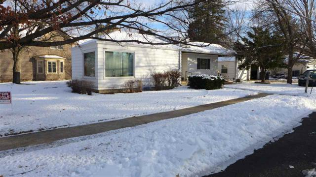 300 S Mary Street, Weyauwega, WI 54983 (#50195634) :: Todd Wiese Homeselling System, Inc.