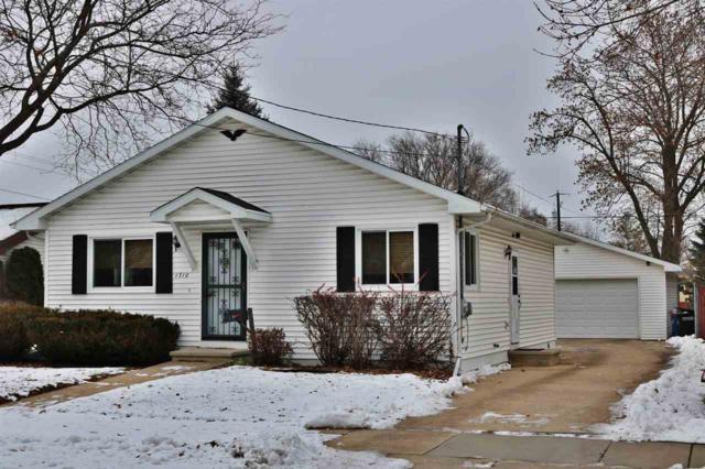1710 Cedar Street, Oshkosh, WI 54901 (#50195706) :: Dallaire Realty