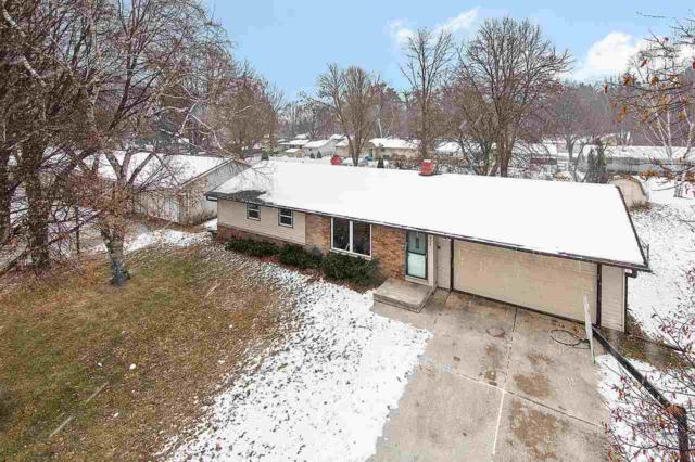 324 Mckenzie Lane, Green Bay, WI 54311 (#50195754) :: Dallaire Realty