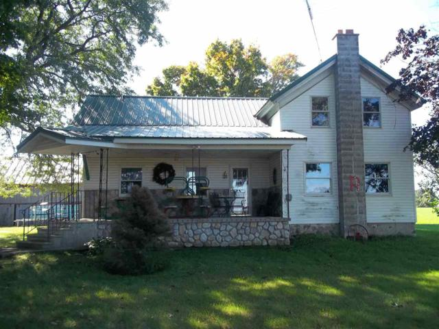 E9201 Silver Creek Road, Bear Creek, WI 54922 (#50195805) :: Symes Realty, LLC