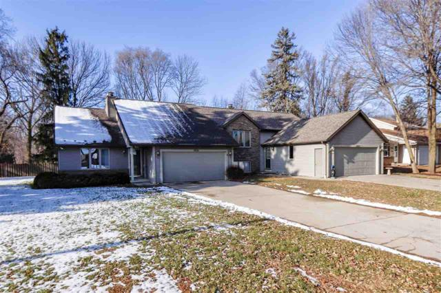 1024 Green Ridge Drive, Green Bay, WI 54313 (#50195844) :: Dallaire Realty