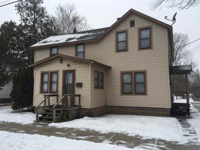 233 S Andrews Street, Shawano, WI 54166 (#50195880) :: Todd Wiese Homeselling System, Inc.